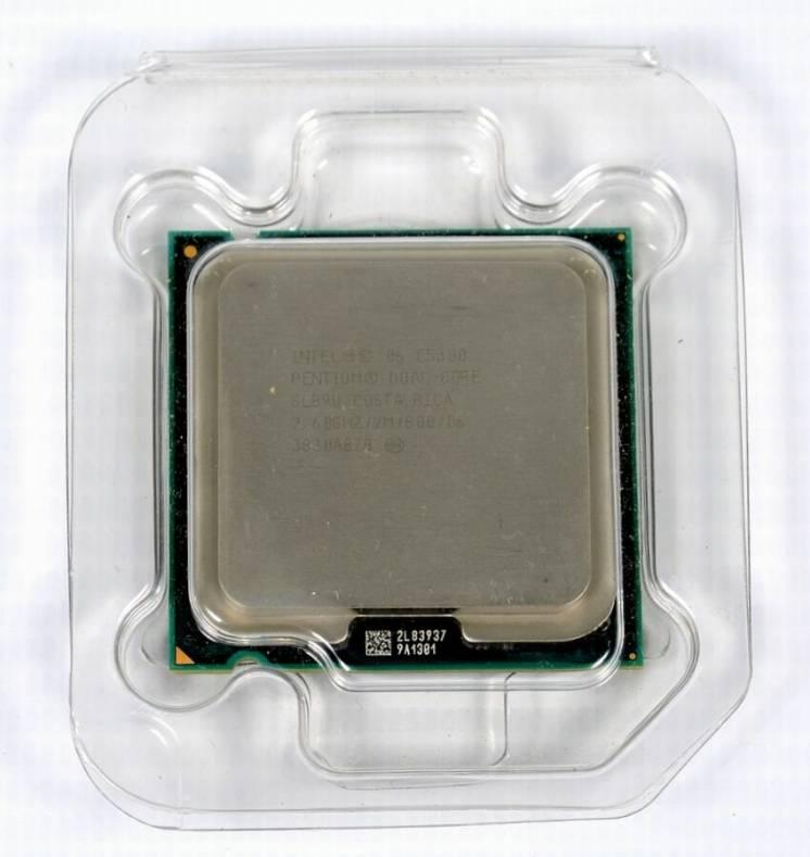 Процессор Intel Pentium Dual-core E5300 / 2.60 Ghz + охлаждение