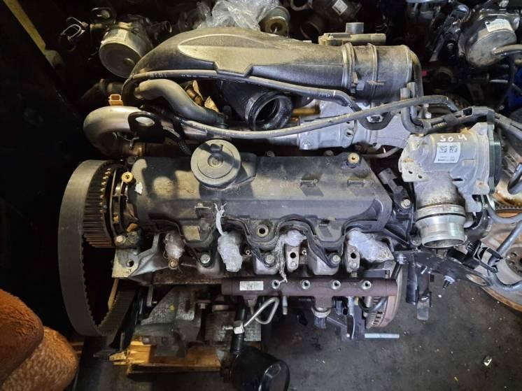 Двигатель на Renault Megane Laguna Scenic 1.5 Dci K9k Дизельный мотор