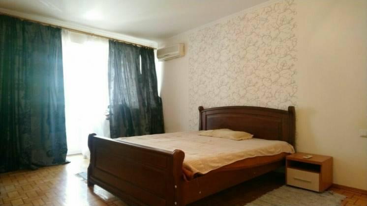 3-х ком. квартира с ремонтом на ул Солнечная