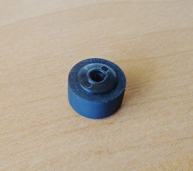 Прижимной ролик 13 х 6,5 х 2,5 х 8 для кассетного магнитофона
