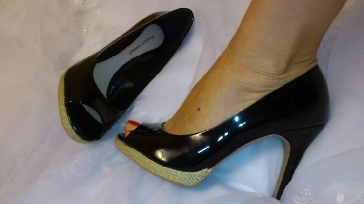 Туфлі жіночі літні італія чорні 39р Нові Шара