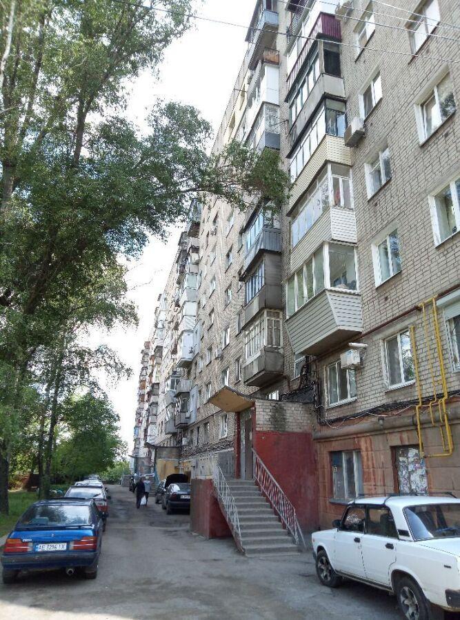 1 ком. квартира в кирпичной доме пр. Гагарина.
