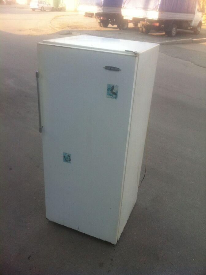 Холодильник зил-63, нерабочий