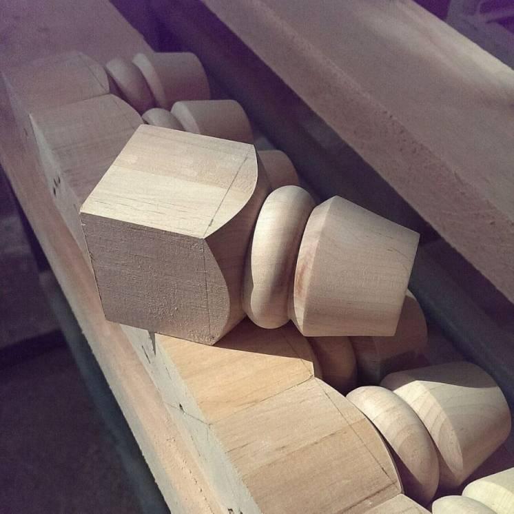 Балясины ножки опоры токарные изделия из дерева