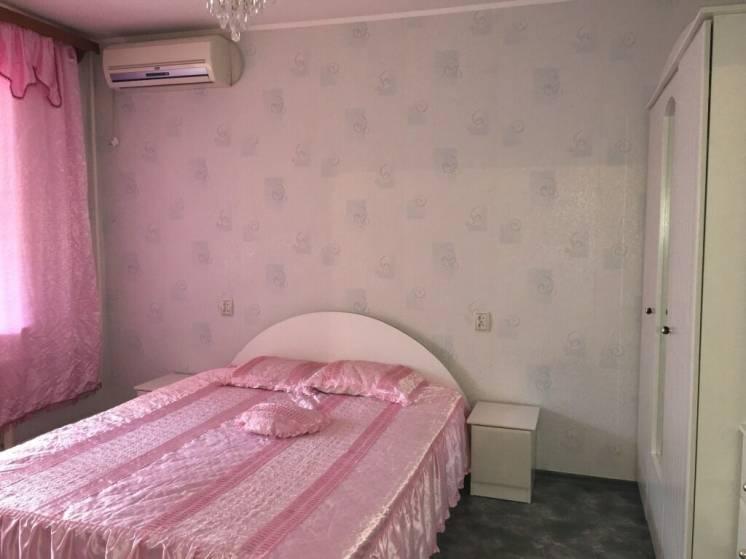 Срочно!Сдам отдельную комнату для девушки под ключ р-н 12го квартала