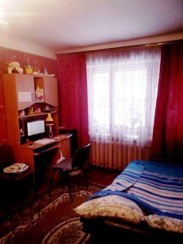 Продам две комнаты на Черемушках.