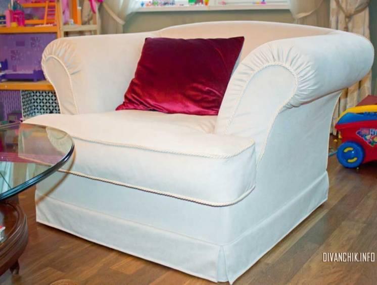 Перетяжка и ремонт мебели на выезде, на дому.