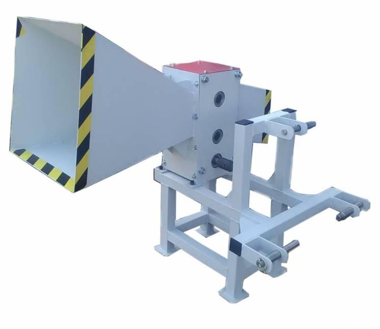 Измельчитель веток до 100 мм от вом трактора, подрібнювач гілок
