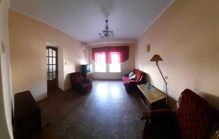 Сдается на длительный срок квартира в центре Одессы