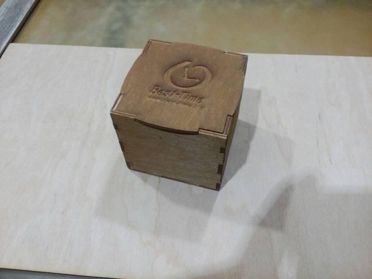 Коробка подарочная, деревянная подарочная упаковка