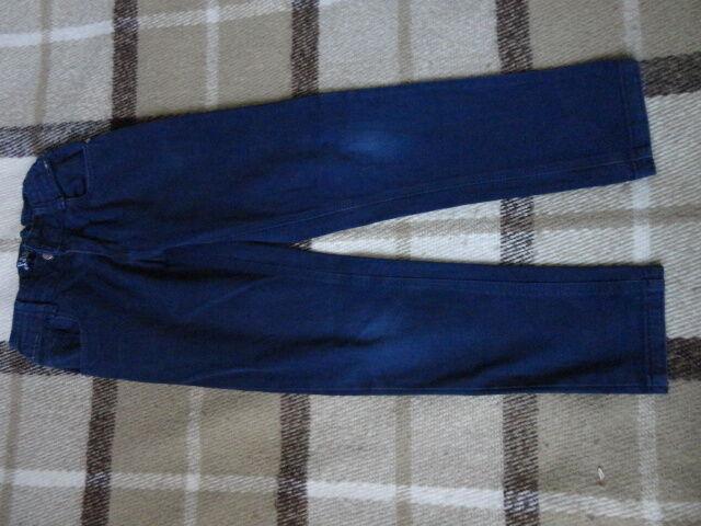 Продам джинсы для мальчика 7- 8 лет