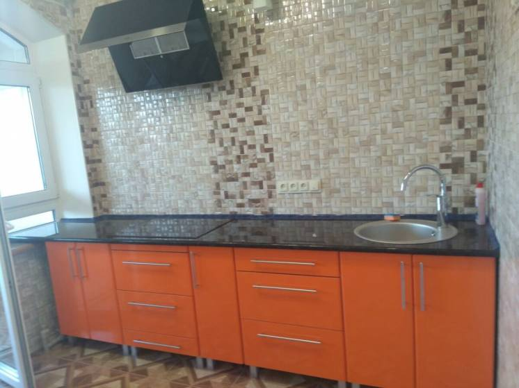 Продам 2 х комнатную квартиру по ул. Таганская район Лысая гор