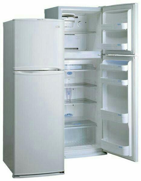 Двигатель (мотор)на двухкамерный холодильник.(1500руб)