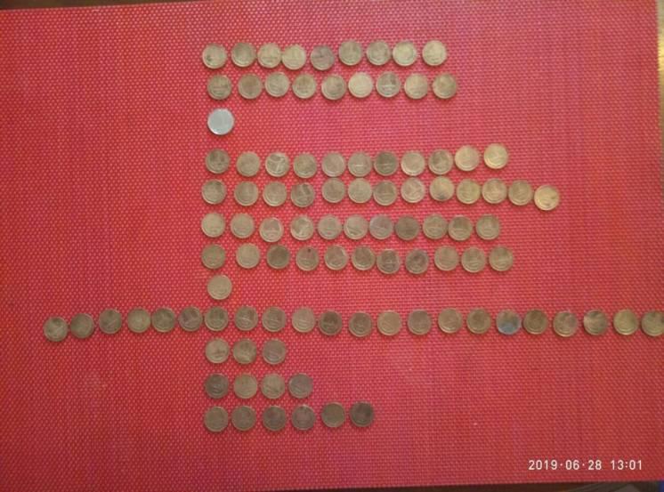 Лот монет ссср, все по 1 копейке. 100 шт+1 украина 1 копейка.