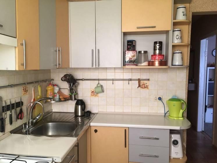2 ком. квартира с ремонтом на пр. Гагарина район Университета.