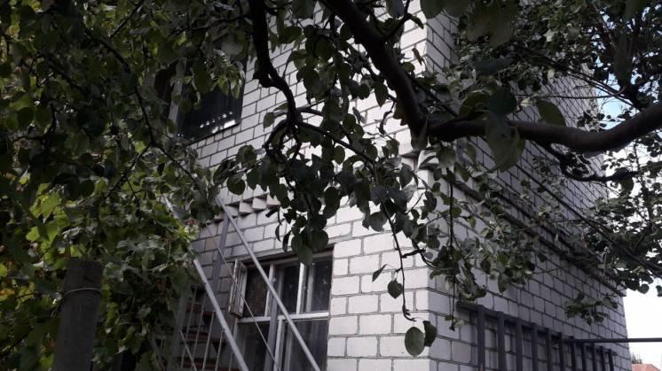 Продаются 2 два дома в одном дворе в Корабельном районе