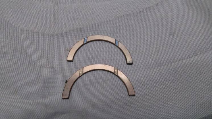Полукольца упорные коленчатого вала (стандарт 2,3)
