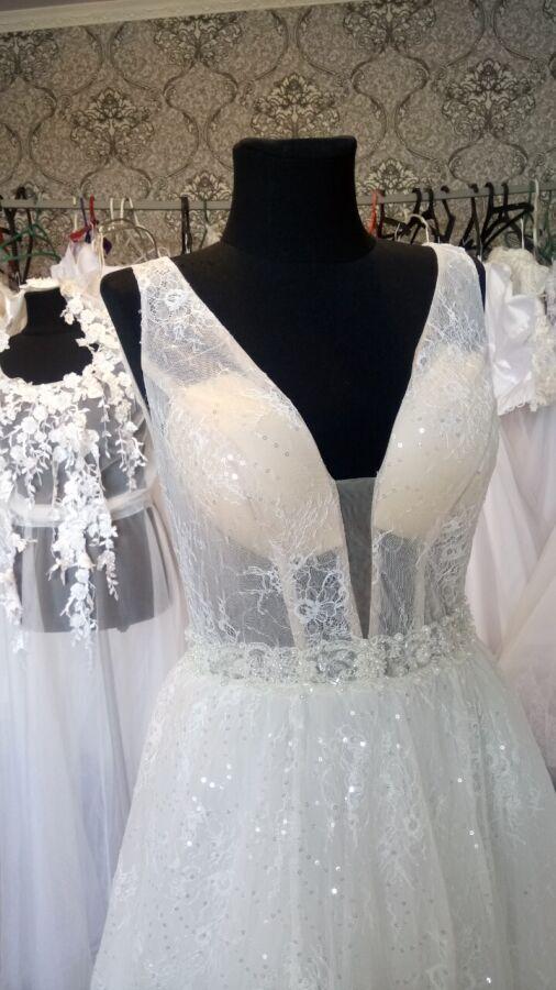 Эксклюзивная модель 2019 года новое вечерне-свадебное платье