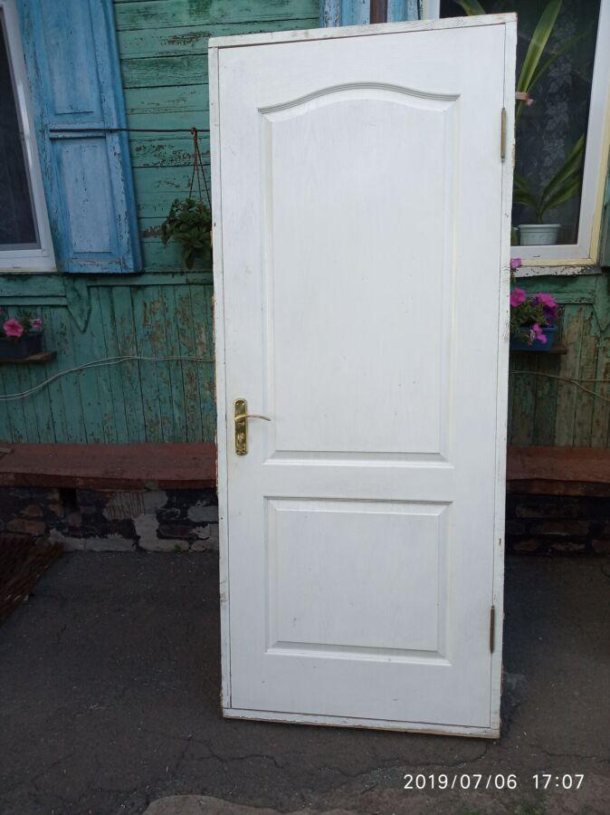 Продаются межкомнатные двери б/у в отличном состоянии