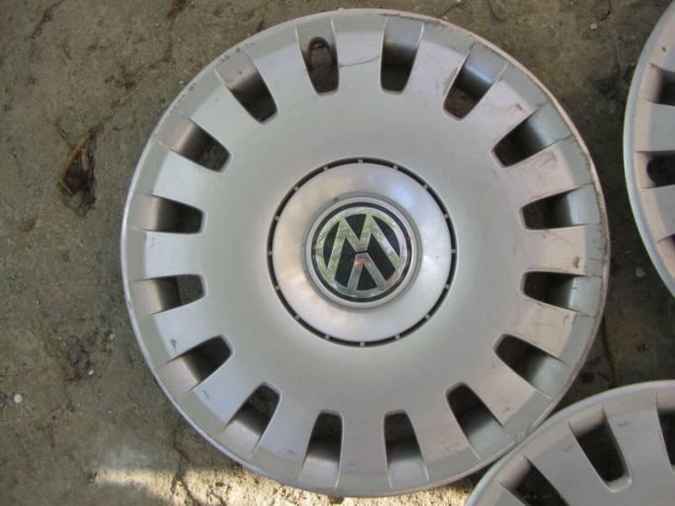 Колпак ковпак оригинальный R16 Volkswagen Bora, 1j0601147r
