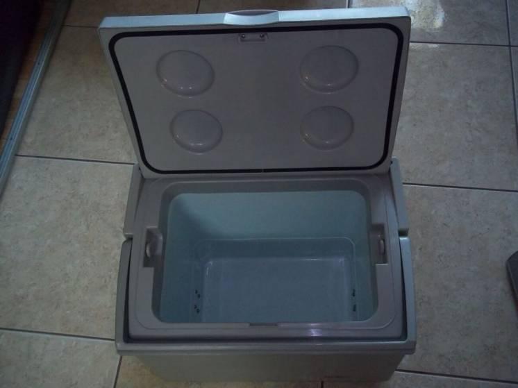 Автохолодильник  Froster Cb-25