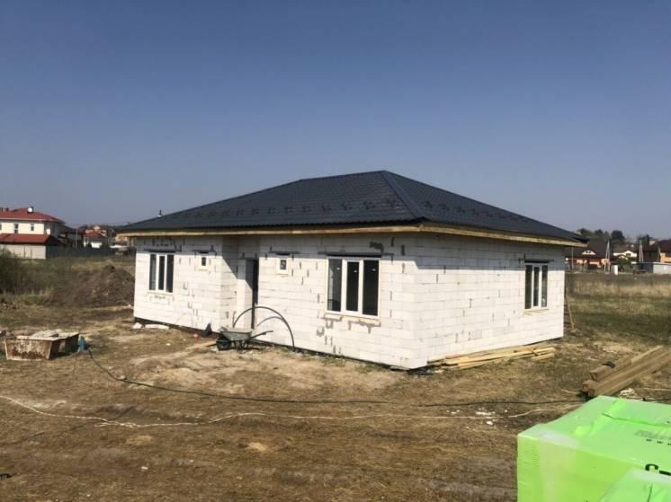Продам дом в Белогородке по цене квартиры