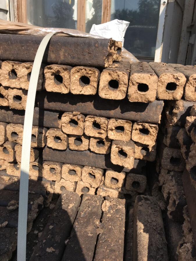 Топливный брикет Pini-kay. брикеты дубовые 100%.