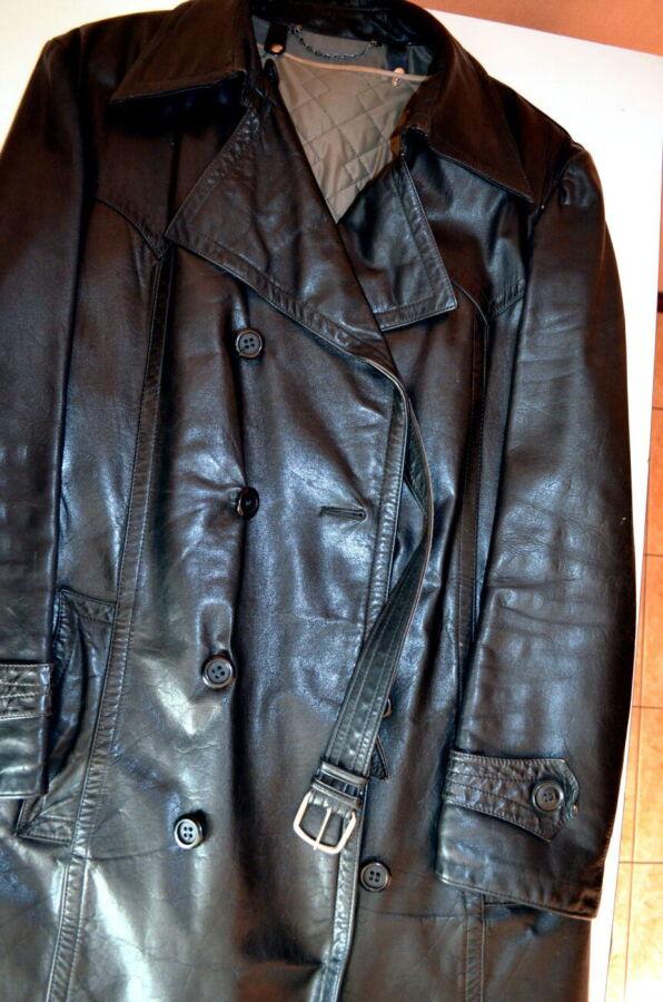 Мужское кожанное пальто, размек 54.