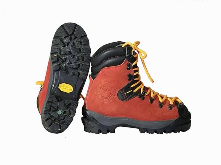 Горные ботинки. Размер 37.5/24 см. Горный туризм и альпинизм.