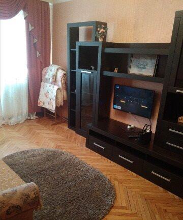 Однокомнатная квартира ул. Горького (возле ОщадБанка)