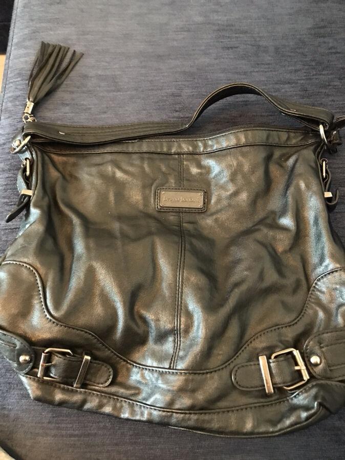 Черная женская сумка из натуральной кожи Bruno Banani