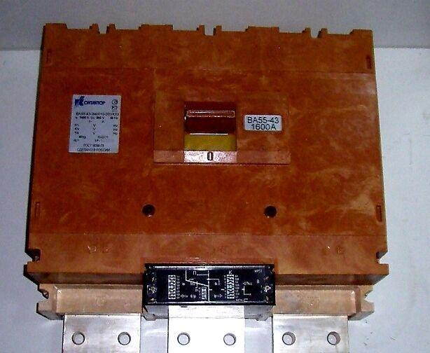 Трансформатори, автоматичні вимикачі, масло трансформаторне.