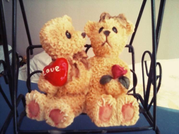 Мишки на качелях,статуэтка,игрушка,день влюбленных
