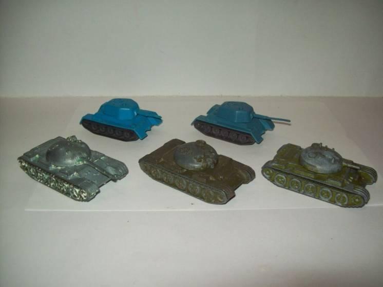 Модель игрушка танк  про-во СССР