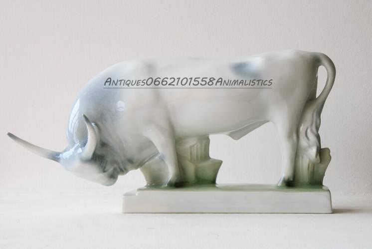 Буйвол Фарфор фарфоровая статуэтка Zsolnay Венгрия Бык