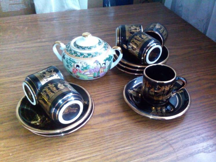 Греческий фарфоровый кофейный сервиз на 6 персон