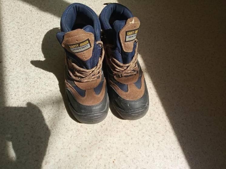 рабочие ботинки с металлическим носком р45