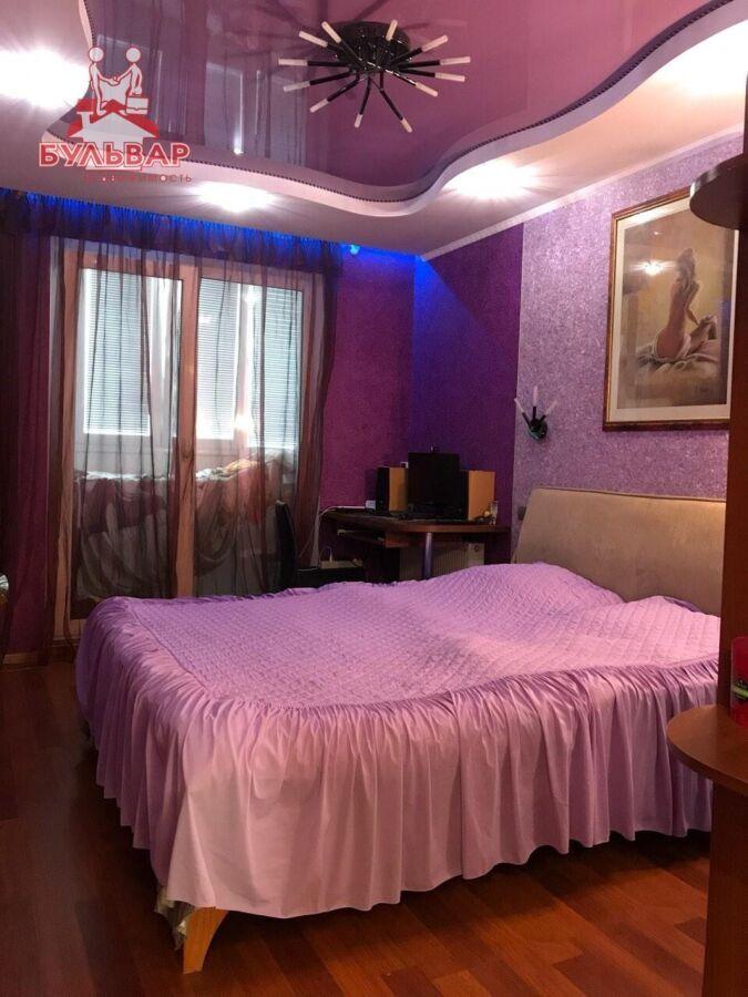 Продам 2 комнатную квартиру на Салтовке в 602 м/р