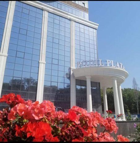 Продам центр Киева видовую 2-комнатную квартиру в новостройке Подол