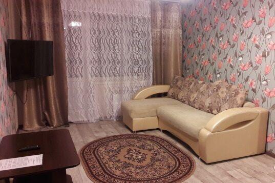 Сдам комнату девушке ул. Черепина ( 12 мкрн )