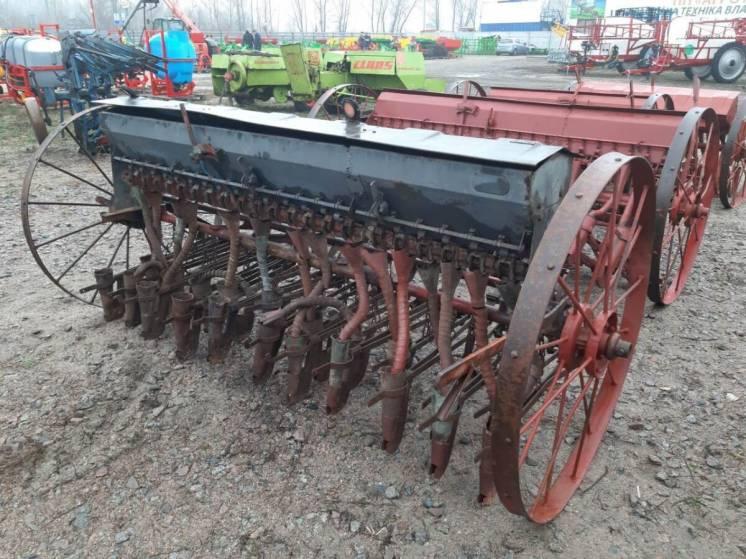 Зерновая навесная анкерная сеялка 2,7 м на 21 ряд б/у, Agromet Польша