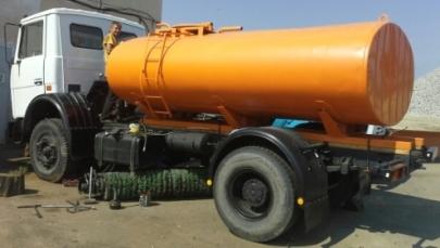 Продаем поливомоечную машину КО, МАЗ 533702, 2005 г.в.
