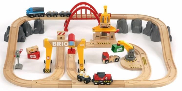 Brio (брио) 33097 деревянная железная дорога грузовой терминал