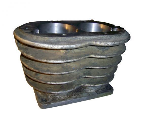 Блок цилиндров на поршневой компрессор СО-7Б, 243. Узел компрессора