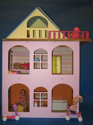 Разборной  розовый кукольный домик для куколок до 18 см.