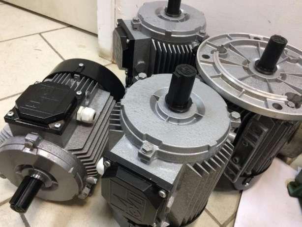 Электродвигатель трехфазный АИР 80 А2 1,5 кВт на 3000 об/мин НОВЫЙ