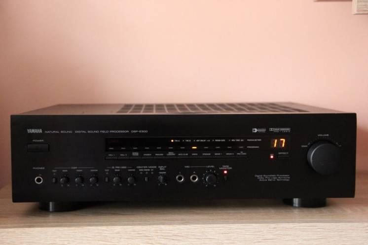 Процессор-усилитель Yamaha DSP-E300.