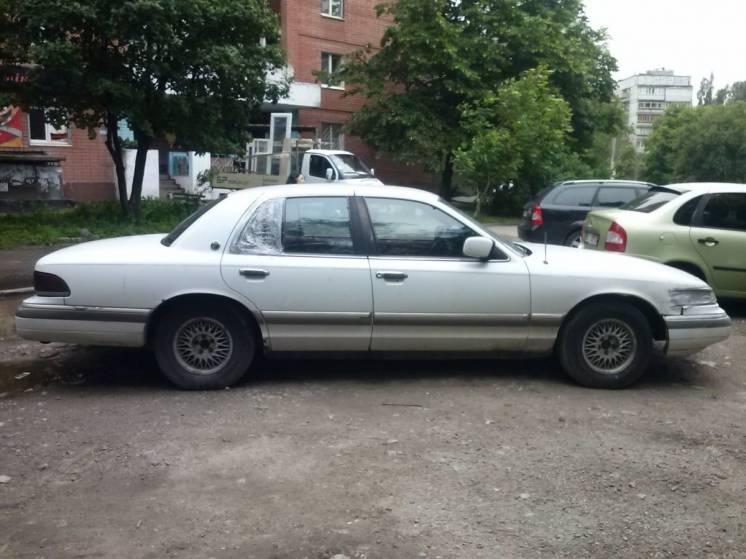 Ford mercury grand marquis 1992 4.6 белый салон велюр по з-ч