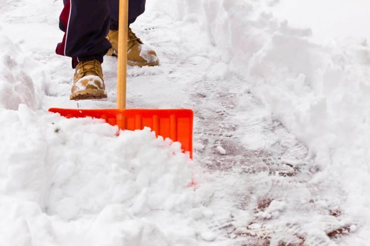 Уборка территорий от снега, наледи