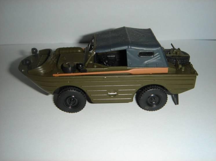 Продам машинку ГАЗ-46.